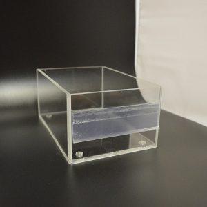 Caja de metacrilato con portaprecio